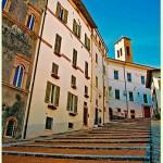 Spoleto, la foto del giorno è la scalinata del Duomo di Piero Errera