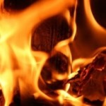 Cronaca, incendio nella notte in una cascina