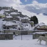 Cronaca, prima neve a Castelluccio: gelo fino a venerdì