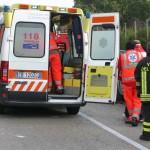 Cronaca, scontro moto-auto: muore giovane centauro