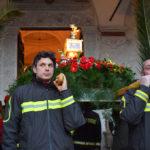 Spoleto, processione di S. Ponziano: la reliquia portata dai Vigili del Fuoco e volontari ProCiv