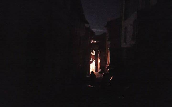 monterone-buio-black-out