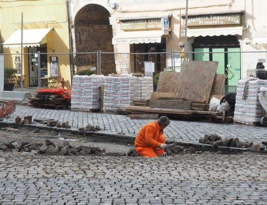 piazza-mercato-lavori03